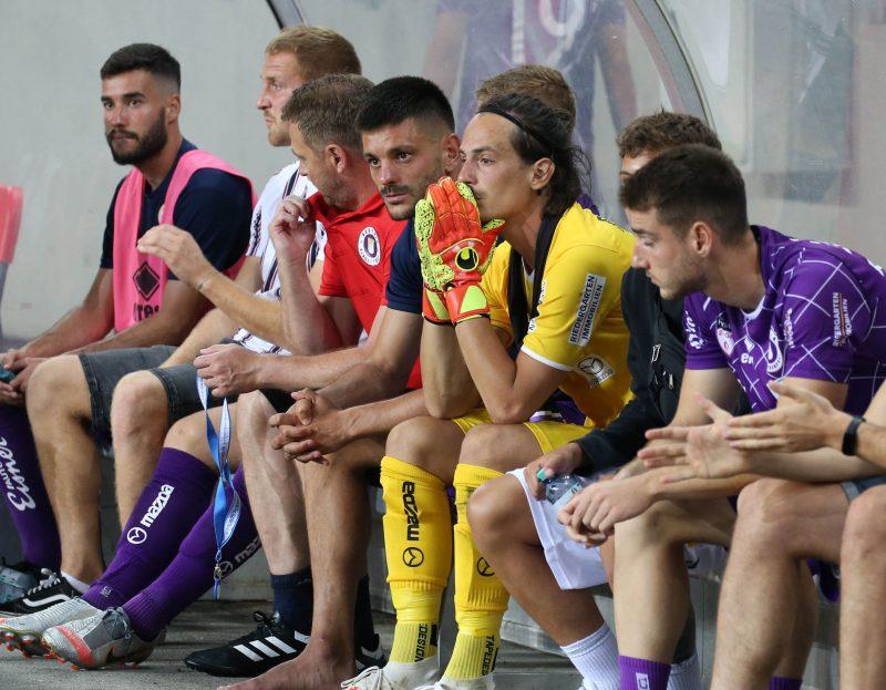 Fussball. 2. Liga. SK Austria Klagenfurt gegen Wacker Innsbruck.  Darijo Pecirep, Zan Pelko (Klagenfurt). Klagenfurt, am 31.7.2020.Foto: Kuesswww.qspictures.net