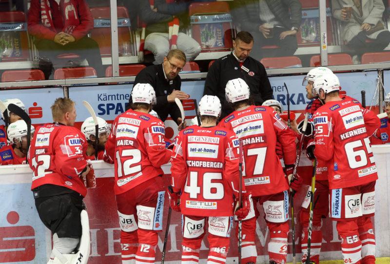 EBEL. Eishockey Bundesliga. KAC gegen VSV. Trainer Petri Matikainen (KAC). Klagenfurt, am 9.10.2020.Foto: Kuesswww.qspictures.net