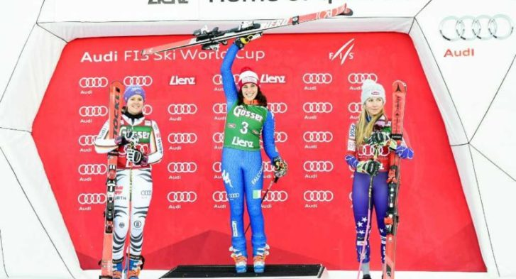 29.12.2017, Hochstein, Lienz, AUT, FIS Weltcup Ski Alpin, Lienz, Riesenslalom, Damen, Siegerehrung, im Bild Viktoria Rebensburg (GER, 2. Platz), Siegerin Federica Brignone (ITA) und Mikaela Shiffrin (USA, 3. Platz) // 2nd placed Viktoria Rebensburg of Germany Winner Federica Brignone of Italy and 3rd placed Mikaela Shiffrin of the USA during the winner ceremony for the ladie's Giant Slalom of FIS Ski Alpine World Cup at the Hochstein in Lienz, Austria on 2017/12/29. EXPA Pictures © 2017, PhotoCredit: EXPA/ Michael Gruber