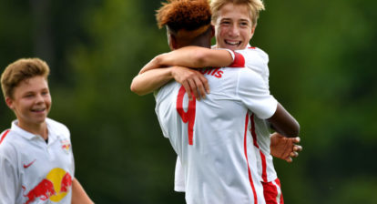 SALZBURG,AUSTRIA,11.AUG.16 - SOCCER - Red Bull Salzburg Next Generation Trophy. Image shows the rejoicing of Junior Adamu and David Affengruber (RBS). Photo: GEPA pictures/ Florian Ertl - For editorial use only. Image is free of charge.